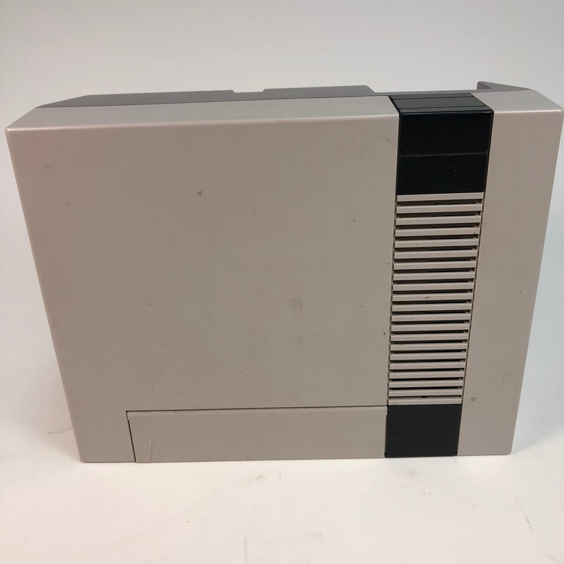 Nintendo NES Console System For Parts Or Repair Turns On AS IS