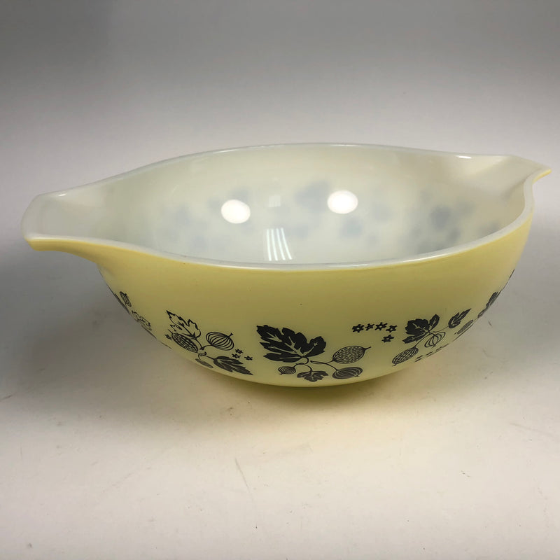 (3) Pyrex Gooseberry Yellow Black & White 442 443 444 Mixing Bowls Set 1 1/2 , 2 1/2 , 4 QT