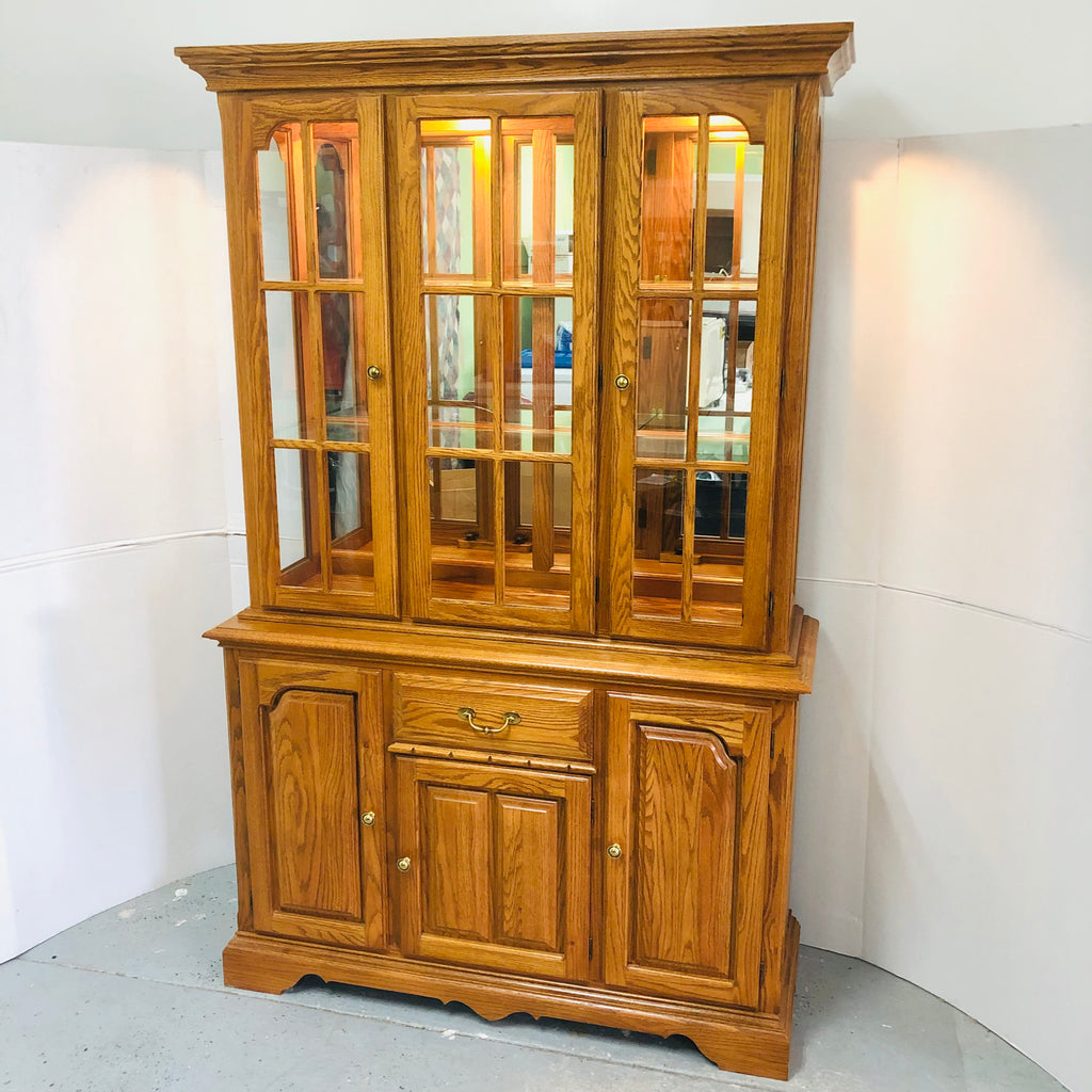 Cochrane Oak Wood Buffet w/ Glass Illuminated Display China Hutch