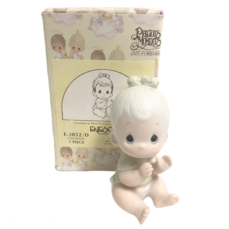 "Precious Moments Sitting Baby Girl Clapping 3"" Figurine E-2852/D"