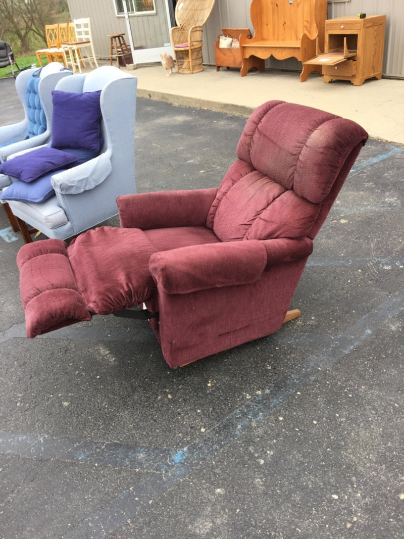 Red LA-Z-BOY Recliner Chair