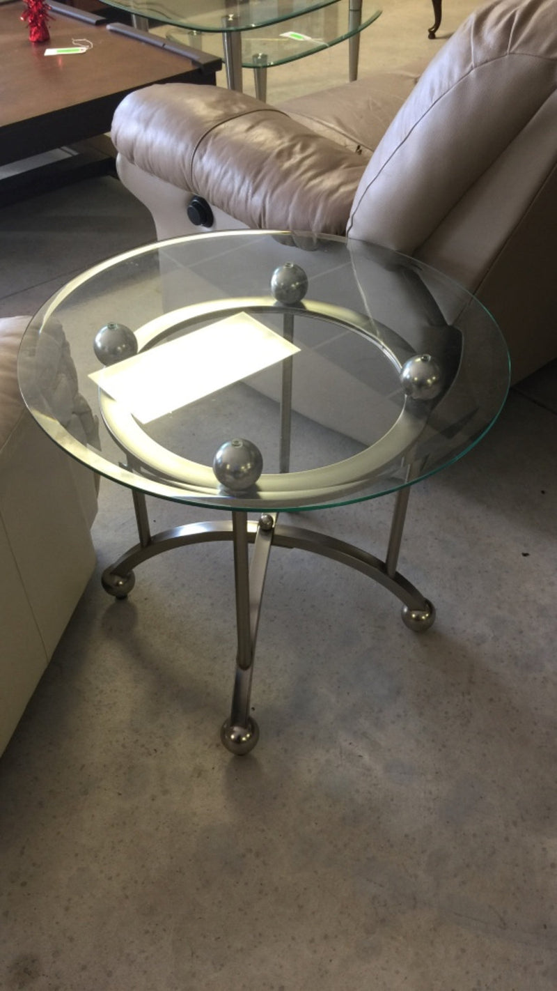 Round Glass-Top Coffee/End Table w/ Gray Metal Base