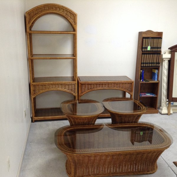 Outdoor Patio Wicker Table & Shelf Set