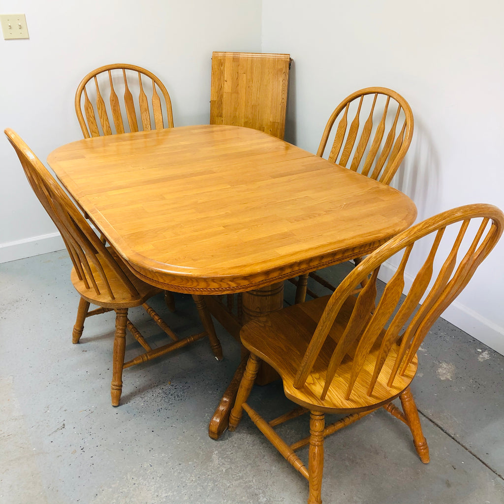 "4 Chair Light Oak 61"" Dining Room Table Set w/ 18"" Leaf"