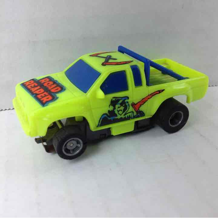 Tyco Road Reaper Nissan Pickup Truck Slot Car