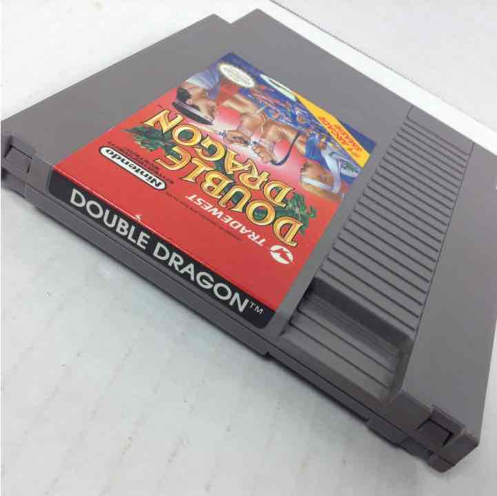 Double Dragon Nintendo NES  w/ Sleeve Protector