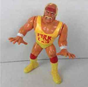 WWE WWF Hulk Hogan Rules 1990 Hasbro Titan Wrestling Action Figure