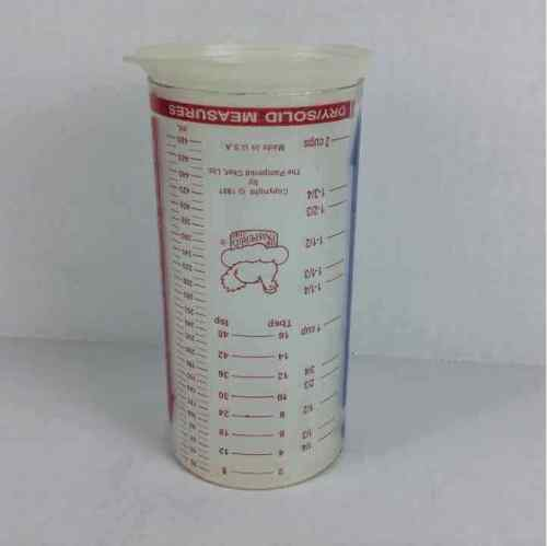 The Pampered Chef 2 Cup Liquid / Dry / Solid Measures Plastic Tube Measuring Cup