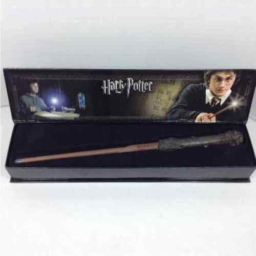 Harry Potter Illuminating Wand Replica The Noble Collection NN1910