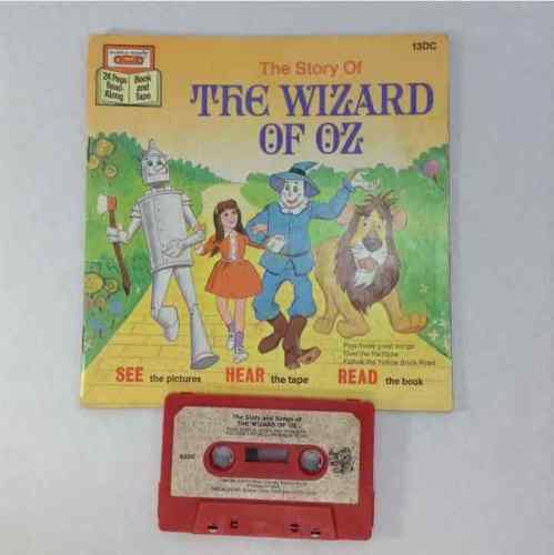 Disney Robin Hood & The Wizard Of Oz Read Along Books & Cassette Tape