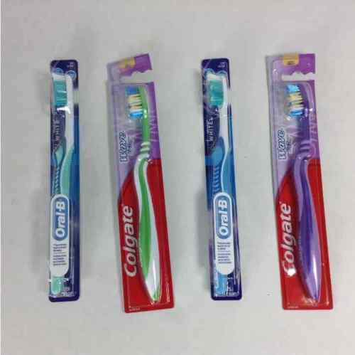 (4) New Toothbrushes Oral-B 3D White Advantage Colgate Wave Zigzag