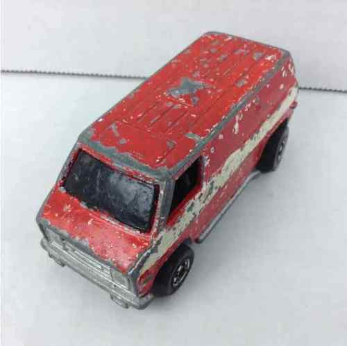 Hot Wheels 1974 Red & White Striped Van