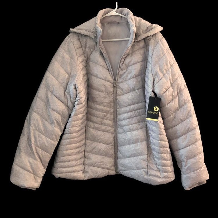 Xersion Womens Removable Hood Silver Screen Print Packable Puffer Jacket