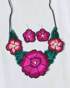 Black Floral Necklace Set