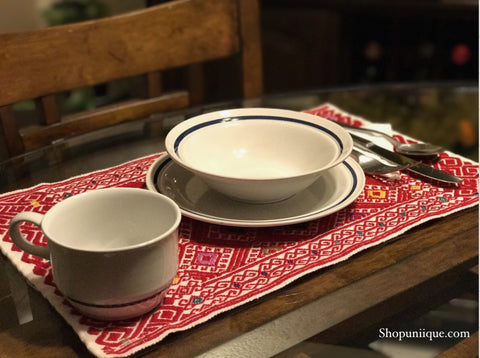 Red Placemats