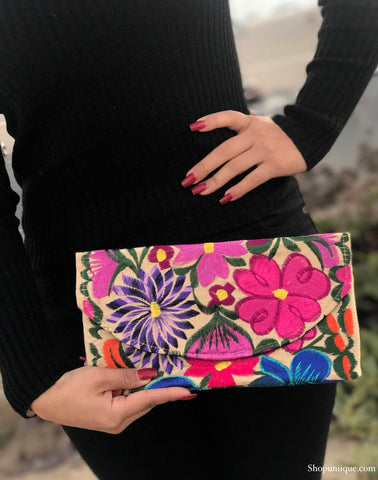 Small Ivory Floral Clutch