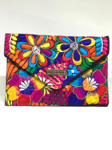 Lilly Clutch