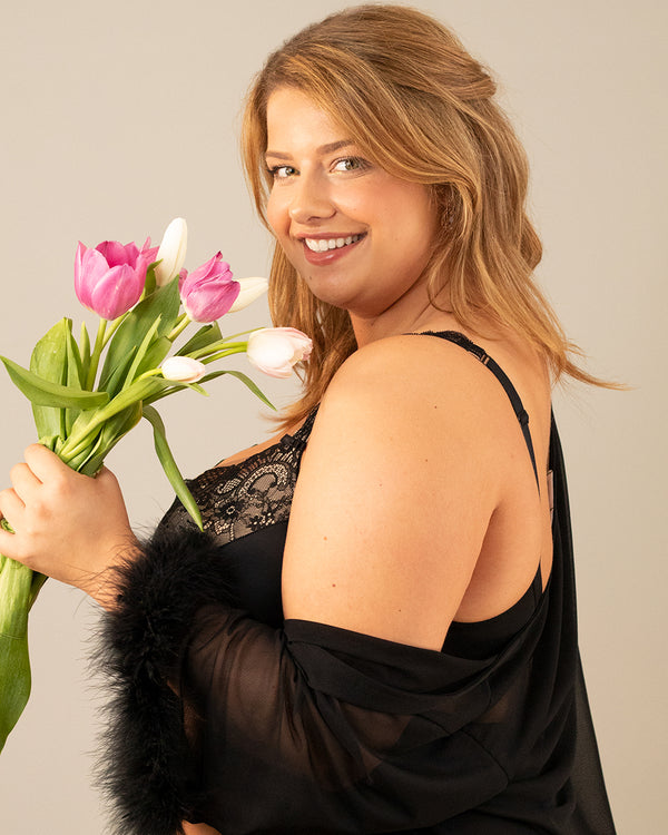 4 Reasons to Love Plus Size Lingerie This Valentine's Day