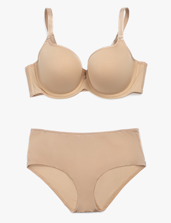 Curvy Couture Tulip Bra: Smooth