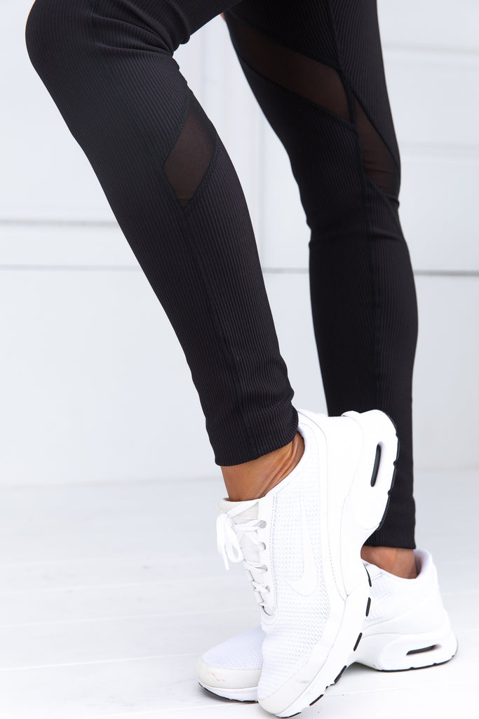 Bootylicious Black Ribbed Legging - Xahara Activewear