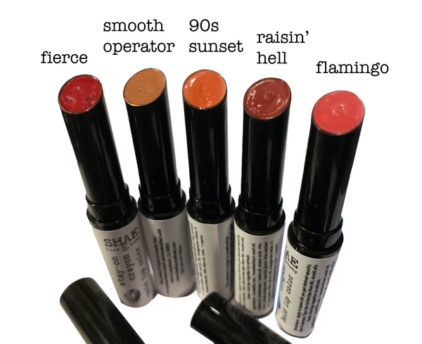 STAY-ON CRAYON: BOLD LIP COLORS