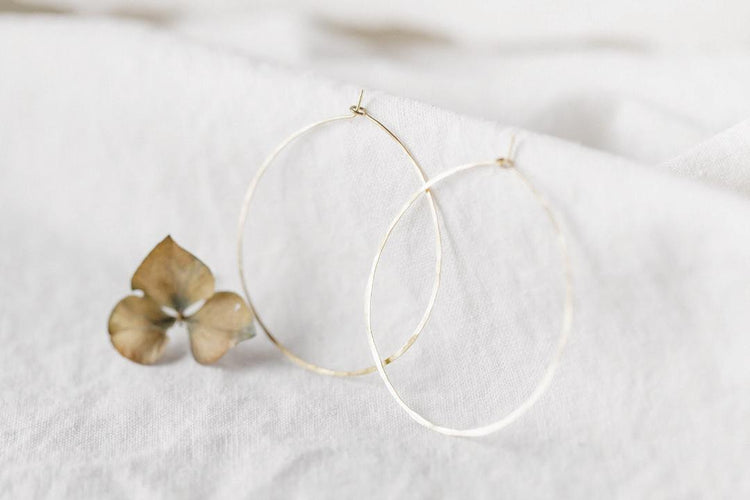 e0022 Large Brass Hoops