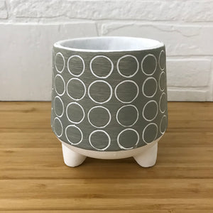 "4"" circles three footed plant pot"