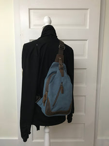 daVan sling backpack
