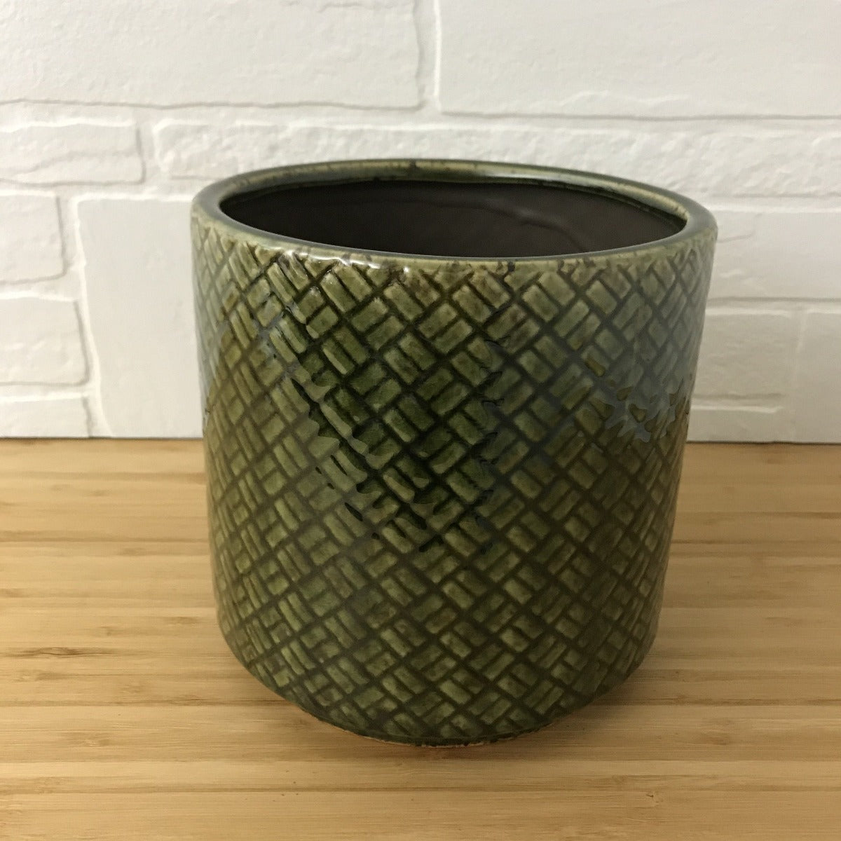 "6"" green hatched pattern plant pot"