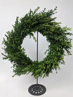 "Load image into Gallery viewer, 14"" Round Boxwood Wreath"