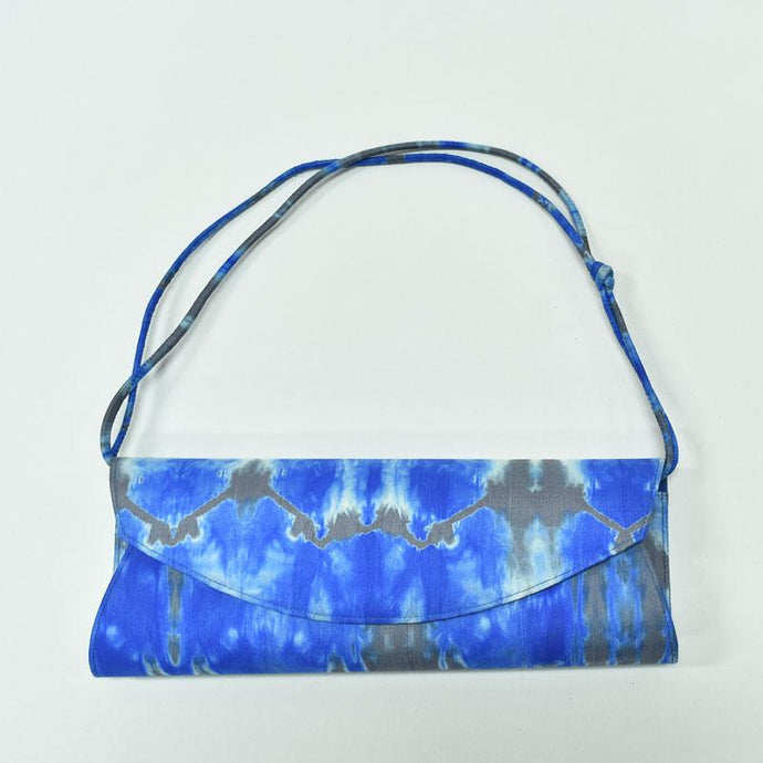 Thanan Silk Clutch - Modimade