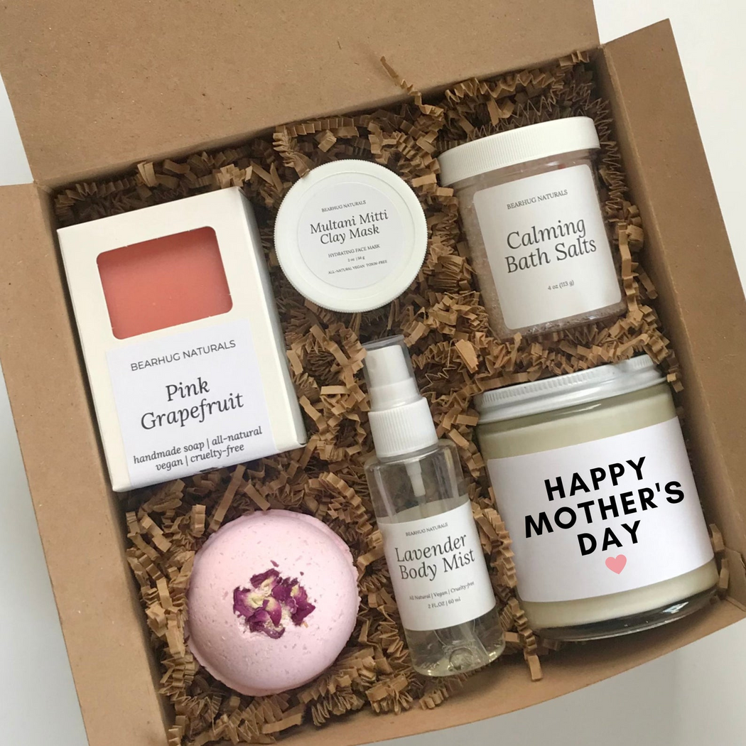 Bearhug Naturals Mother's Day Candle & Spa Gift Set