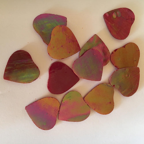 Precut Glass Shapes: Irridised Red Hearts SG12-59H 50gm bag