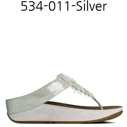 FitFlop Cha Cha LEATHER FLIP FLOPS in Silver