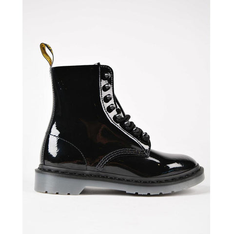 Dr. Martens Boot Pascal Stud Black 22649001