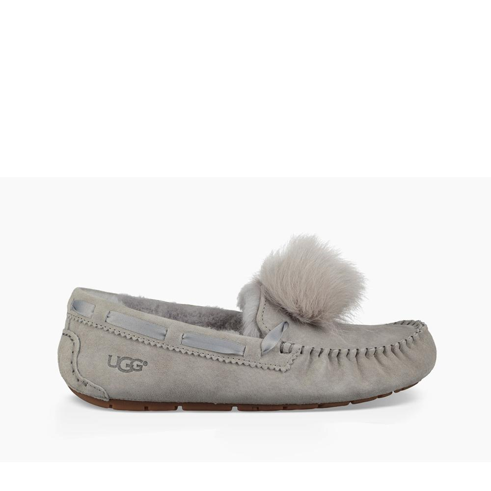 5ca99d7db00 Ugg Women's Dakota Pom Pom Seal 1019015