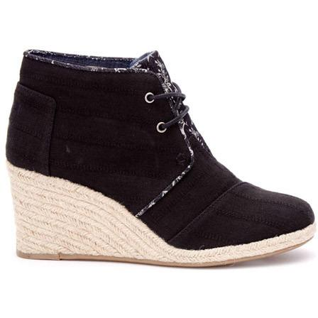 TOMS WOMENS TEXTURED LINEN DESERT WEDGE BOOTIES in BLACK