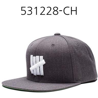 UNDEFEATED 5 Strike Ho16 Cap Charcoal Heather 531228