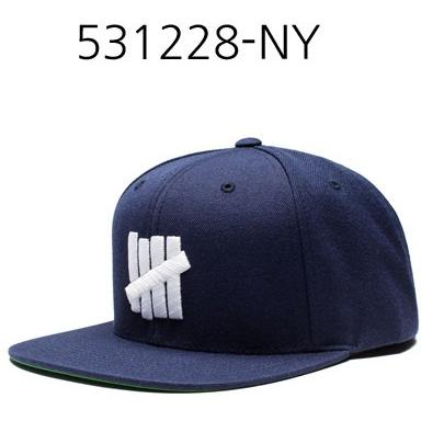 UNDEFEATED 5 Strike Ho16 Cap Navy 531228