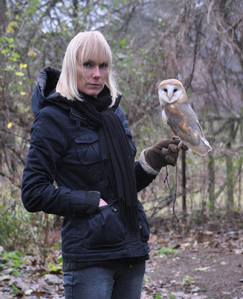 Fionna Bottema with her Barn Owl