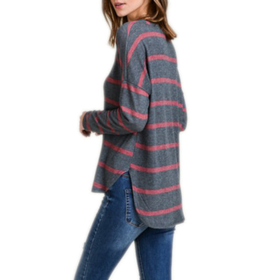 STRIPED V NECK LONG SLEEVE HI-LO BRUSHED SWEATER