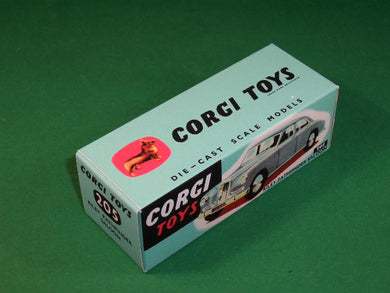 Corgi Toys #205 Riley Pathfinder Saloon.