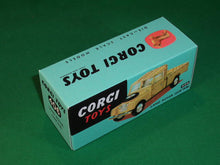 "Load image into Gallery viewer, Corgi Toys #406 Land Rover (109"" wheelbase)."