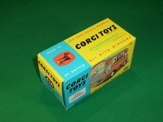 Corgi Toys #426 Chipperfield's Circus Mobile Booking Office.