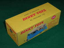 Load image into Gallery viewer, Dinky Toys #188 4 - Berth Caravan.