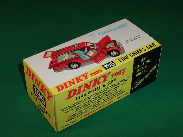 Dinky Toys #195 Fire Chief's Car (Range Rover).