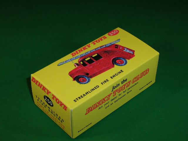 Dinky Toys #250 (#25h) Streamlined Fire Engine.