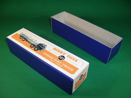 Dinky Toys #505 Foden Flat Truck with Chains 1st cab - blue wrap.