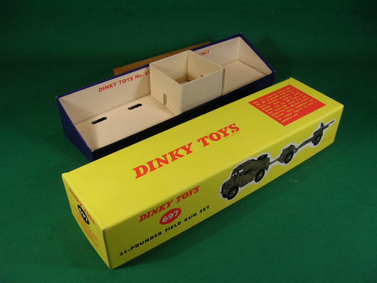 Dinky Toys #697 25-Pounder Field Gun Set containing #686 25 Pounder Field Gun, #687 Limber & #688 Field Artillery Tractor models.
