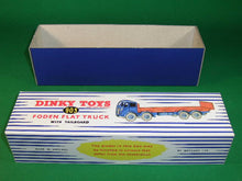 Load image into Gallery viewer, Dinky Toys #903 Foden Flat Truck with Tailboard 2nd cab -stripes.